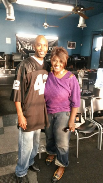 Shine Boss a.k.a Shoe Pac taking a picture with one of his many fans...Judge Maybeline in this case.